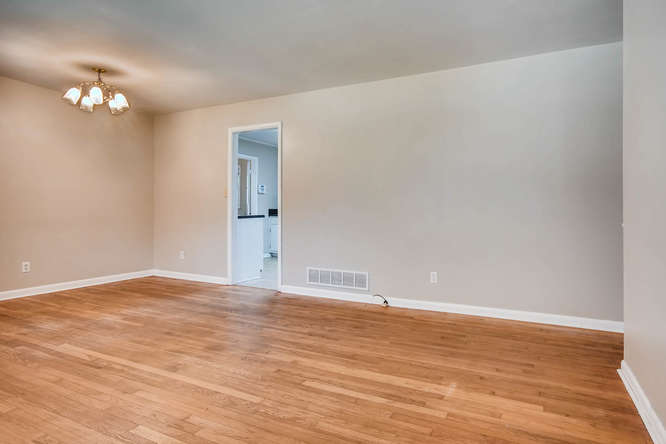 3048 Hudson Ct Decatur GA-small-009-9-Living Room-666x445-72dpi