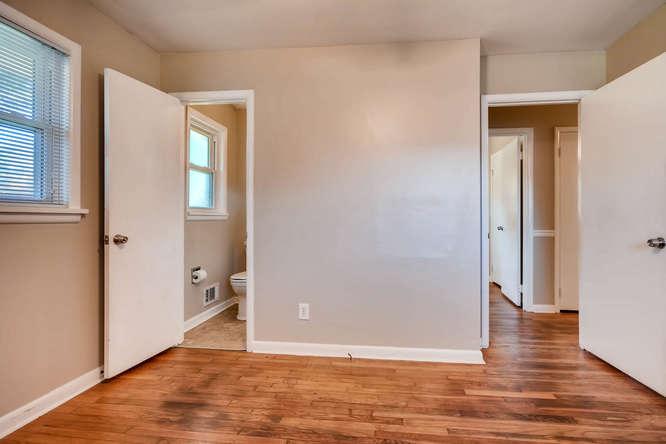 3048 Hudson Ct Decatur GA-small-019-11-Master Bedroom-666x445-72dpi