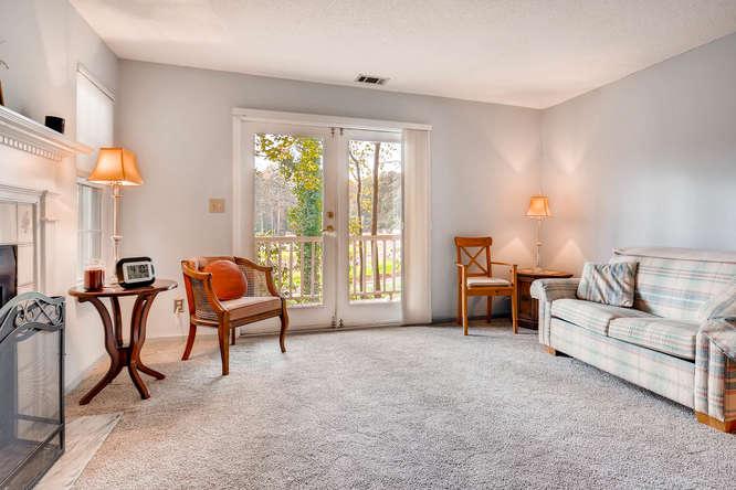 1019 North Jamestown Decatur-small-009-7-Living Room-666x445-72dpi