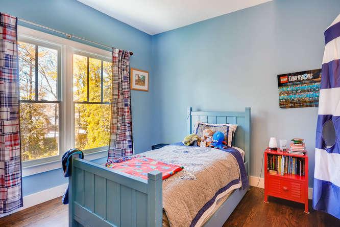 1467 Lavista Drive Decatur GA-small-027-32-2nd Floor Bedroom-666x445-72dpi