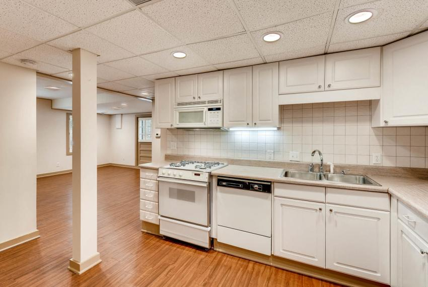 2103 Continental Drive Atlanta-large-029-27-Lower Level Kitchen-1499x1000-72dpi