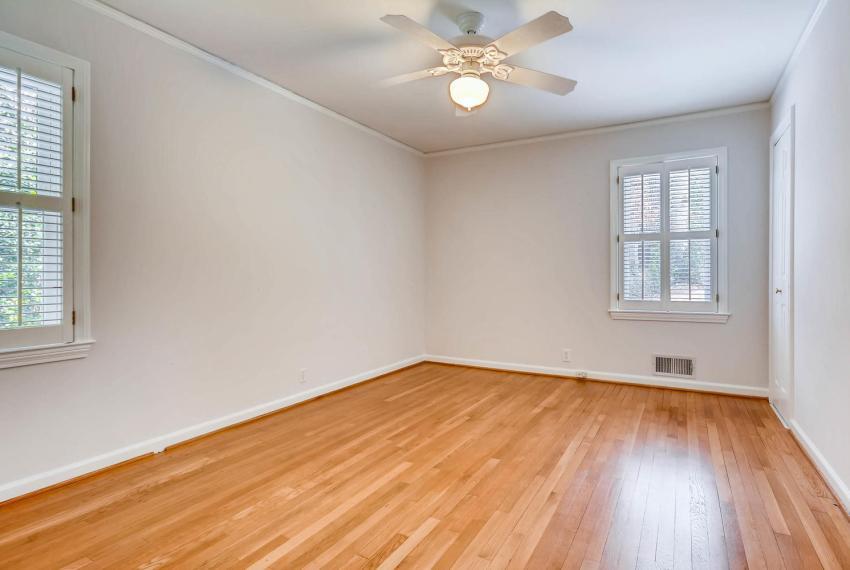 2103 Continental Drive NE-large-025-19-Bedroom-1499x1000-72dpi