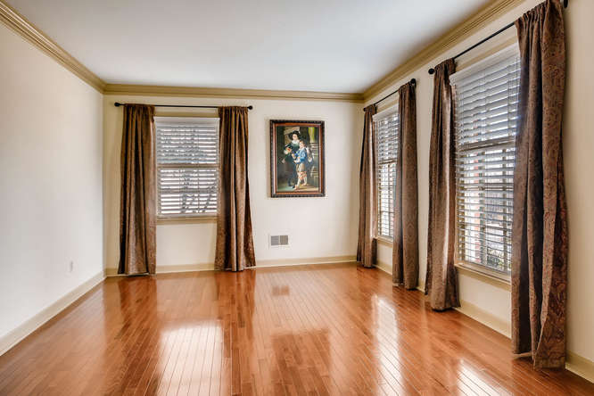 2548 Midvale Forest Drive-small-007-7-Living Room-666x445-72dpi