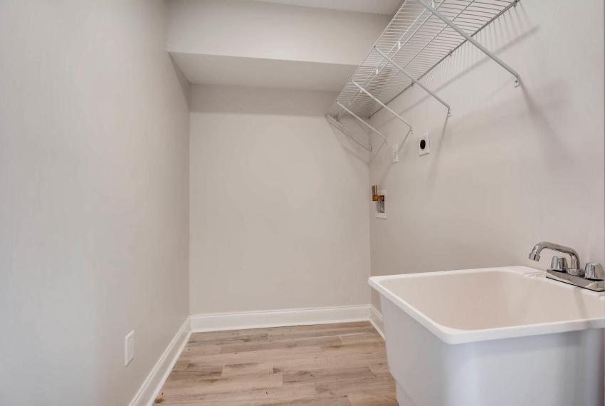 2991 Marlin Drive Atlanta GA-large-037-5-Lower Level Laundry Room-1499x1000-72dpi