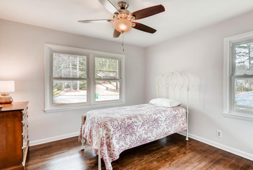 3075 Greenbrook Way NE Atlanta-large-026-14-2nd Floor Bedroom-1499x1000-72dpi