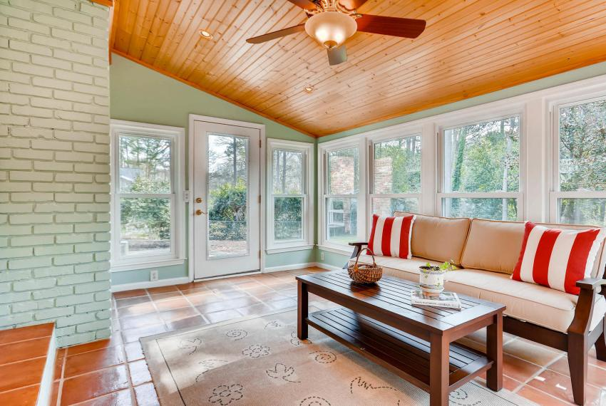 3075 Greenbrook Way NE Atlanta-large-033-35-Sunroom-1499x1000-72dpi