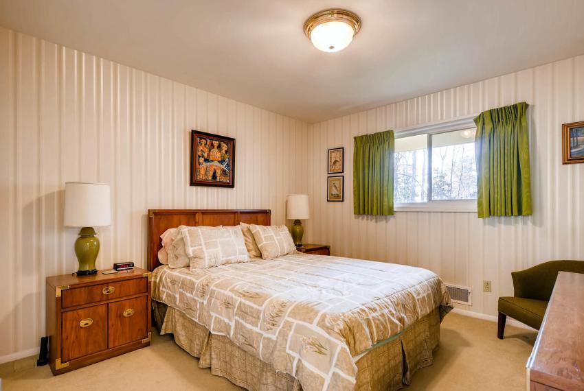 2072 Castleway Drive Atlanta-large-024-10-Bedroom-1499x1000-72dpi