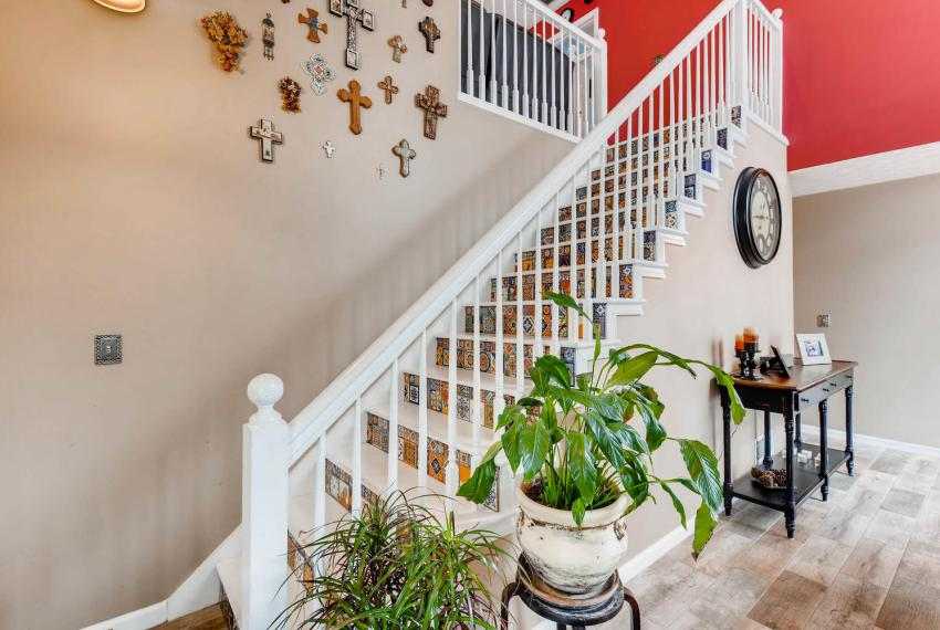 2417 Empire Forest Dr Tucker-large-025-13-Stairway-1499x1000-72dpi