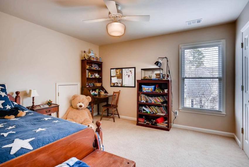 821 Lakeglen Drive Suwanee GA-large-028-29-2nd Floor Bedroom-1499x1000-72dpi