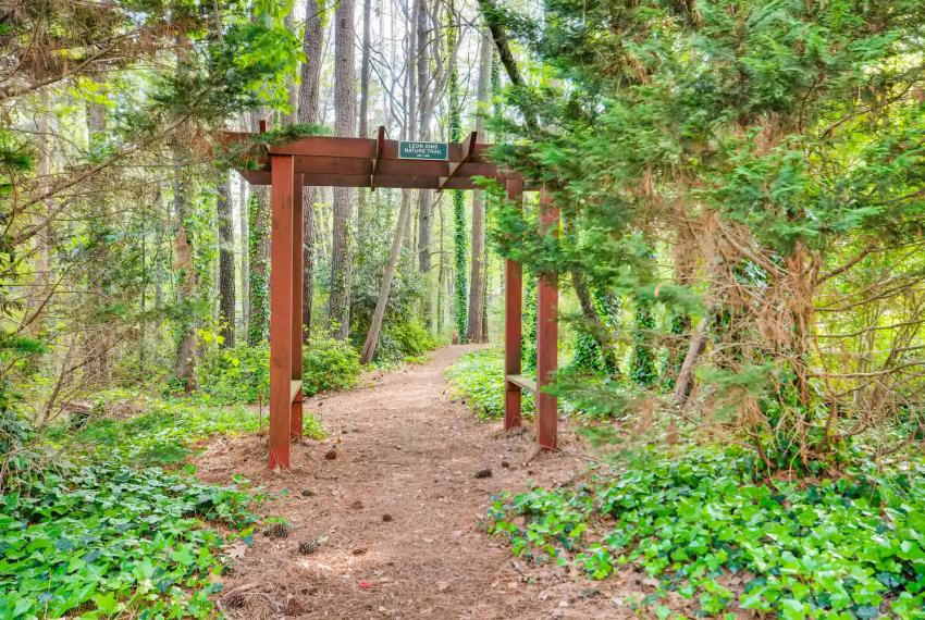 2895 Evans Woods Drive Atlanta-large-058-19-Nature Trail-1499x1000-72dpi
