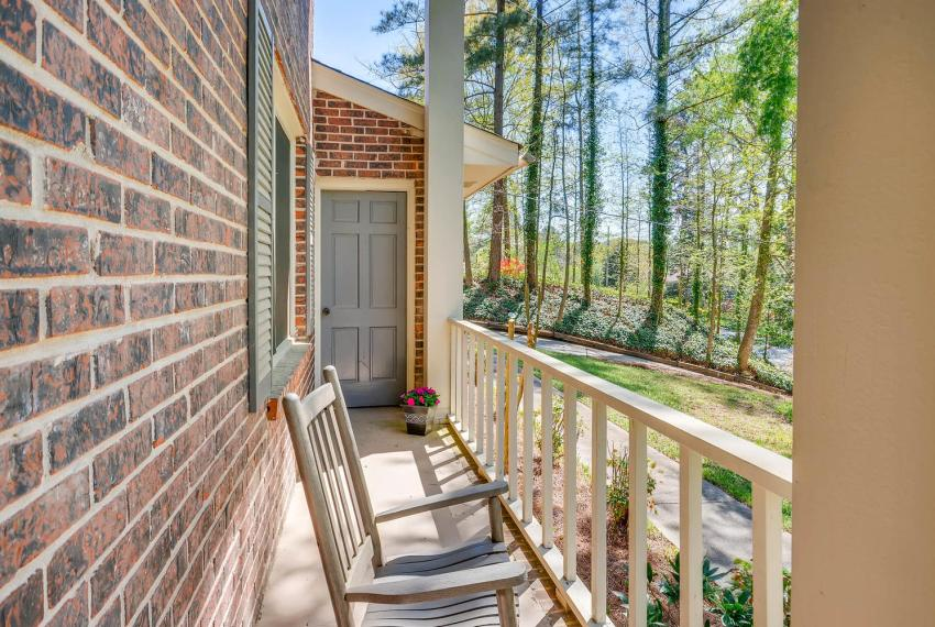 3961 Briaridge Circle Atlanta-large-009-19-Front Porch-1499x1000-72dpi