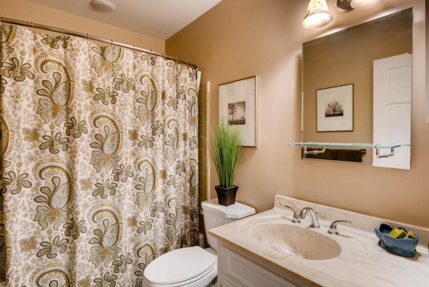 3982 Northlake Creek Ct Tucker-large-025-29-Bathroom-1499x1000-72dpi