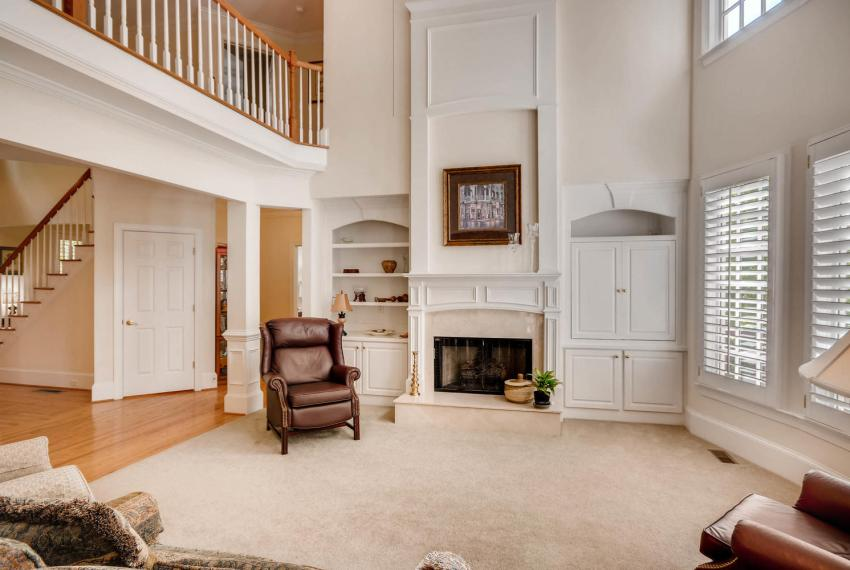 4477 Briarcliff Rd NE Atlanta-large-007-42-Great Room-1499x1000-72dpi