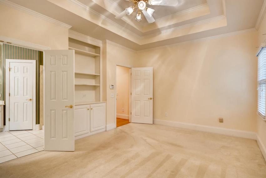 2514 Henderson Road Tucker GA-large-019-19-Master Bedroom-1499x1000-72dpi