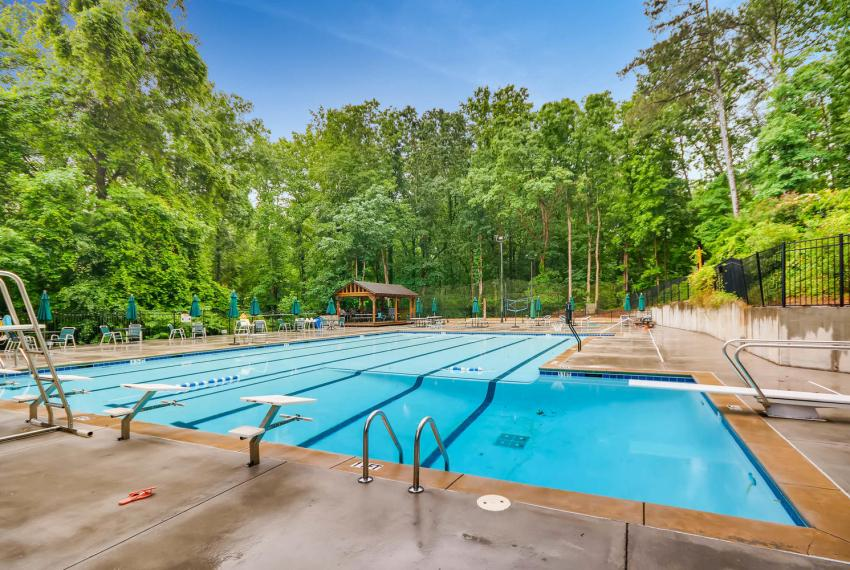 2794 Greenrock Trail Atlanta-large-043-36-Pool-1499x1000-72dpi