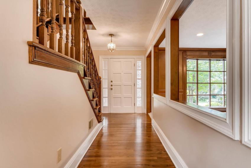 3592 Coldwater Canyon Ct-large-005-6-Foyer-1499x1000-72dpi