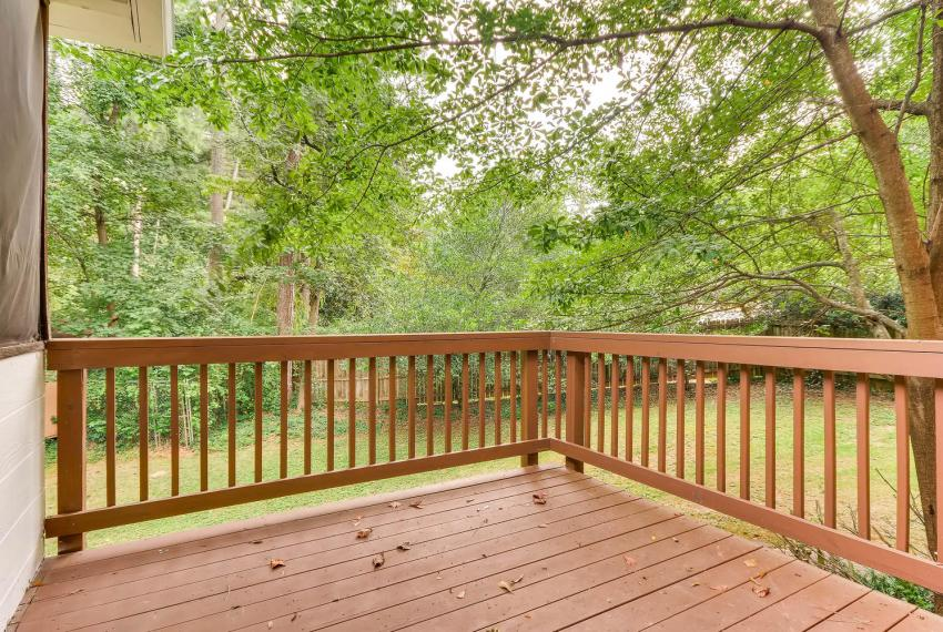 3592 Coldwater Canyon Ct-large-039-40-Deck-1499x1000-72dpi