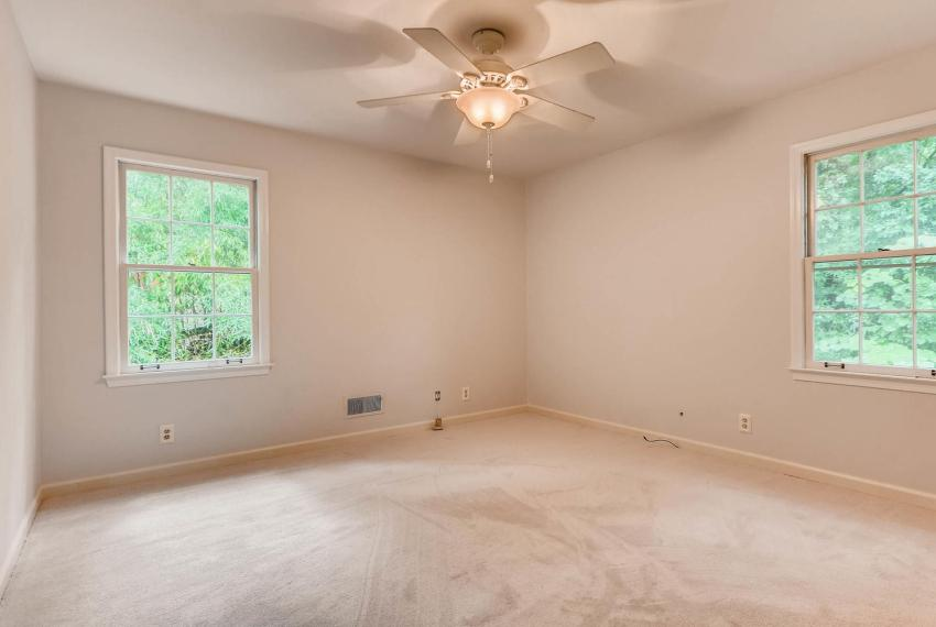 2638 Smoketree Way NE Atlanta-large-026-40-2nd Floor Bedroom-1499x1000-72dpi