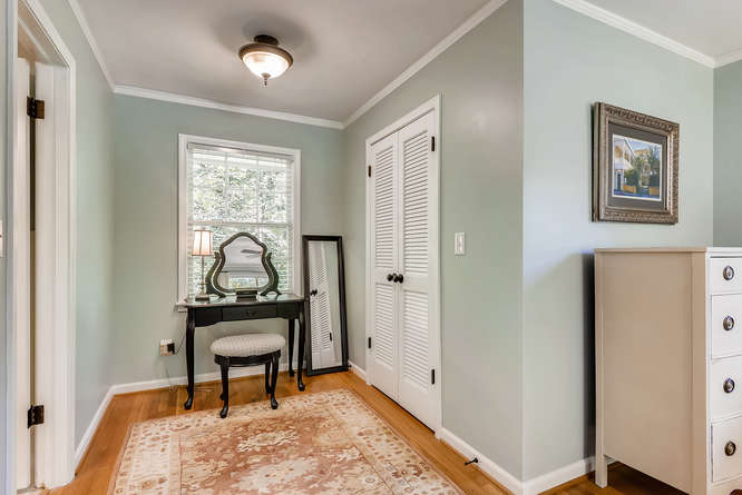 2456 Helmsdale Dr NE Atlanta-small-025-23-2nd Floor Master Bedroom-666x445-72dpi