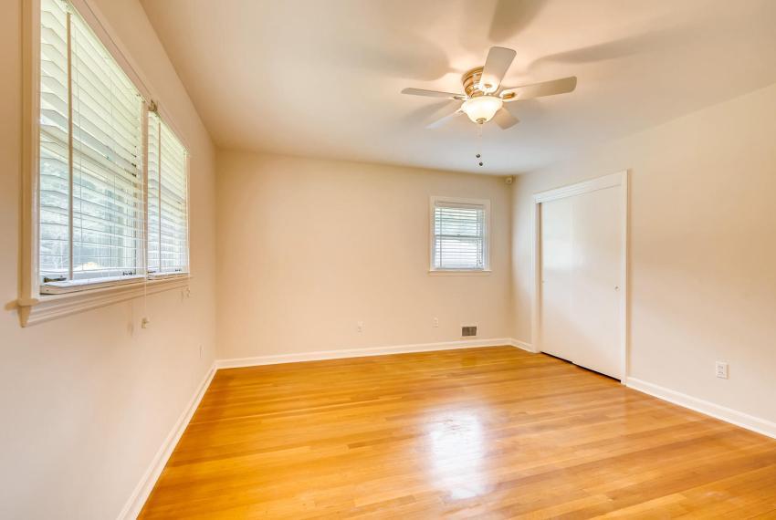 3218 Rehoboth Dr Decatur GA-large-024-15-2nd Floor Master Bedroom-1500x1000-72dpi
