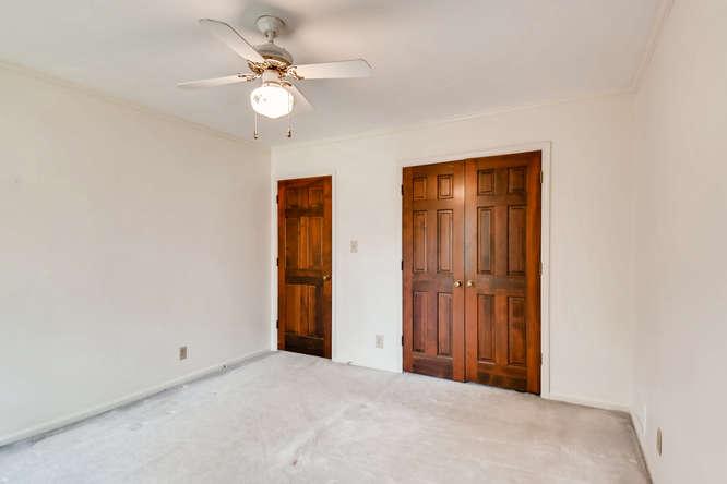 2263 Shasta Way NE Atlanta GA-small-026-19-2nd Floor Bedroom-666x444-72dpi