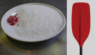 Before and after – just a bit of granular plastic and pigment – and in a few seconds a new blade is made. Almost a miracle…