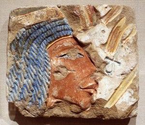 Hledání hrobky královny Nefertiti: Vědci se možná nacházení krůček od rozluštění tajemství