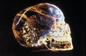 Tajemné křišťálové lebky: Magické předměty, nebo pouhé podvrhy?