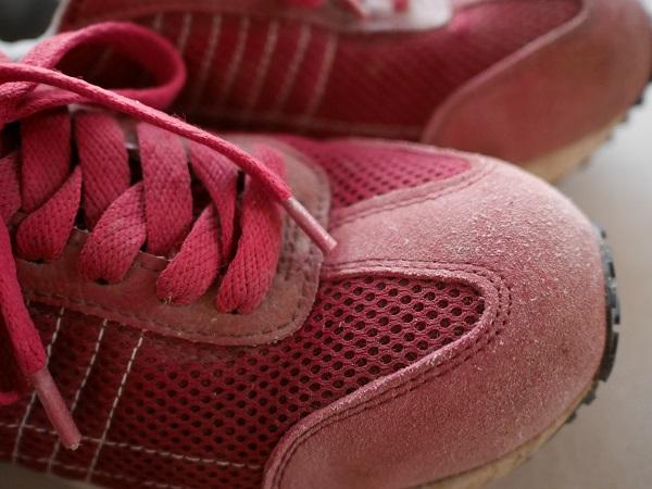 安全靴,小指が痛い