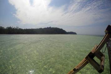 Snorkeling and Diving in Abang Island
