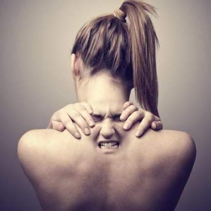 Болка, гръб масаж Варна център масажи реджуванс боуен терапия лечебен масаж bazar bg рио rio grabo alo грабо базар бг olx