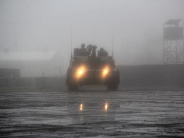 ヒトマル・10式戦車・駒門・2016・観閲式・ライト点灯
