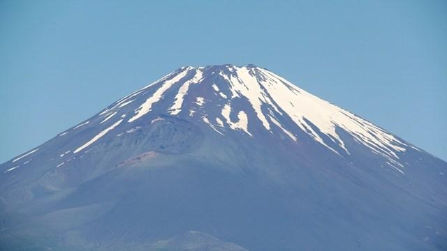 富士山 雪形 農馬 田植え