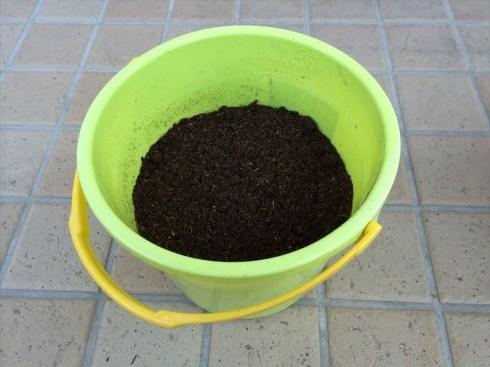 手作り油肥001_馬ふん堆肥2L