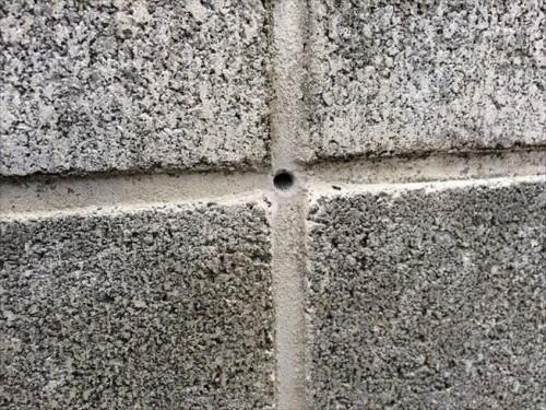 4ブロック塀に穴