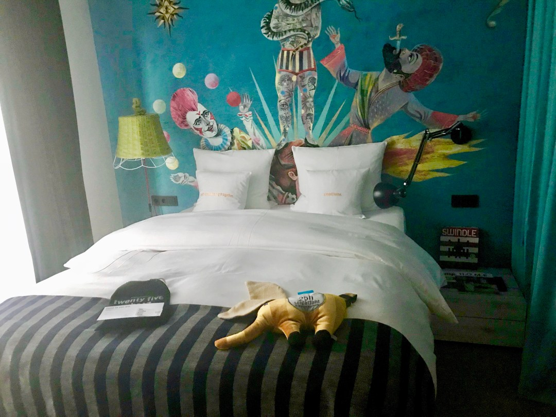 Quirky Circus Themed Hotel - 25hours Vienna at MuseumsQuartier - Circus Mural Bedroom
