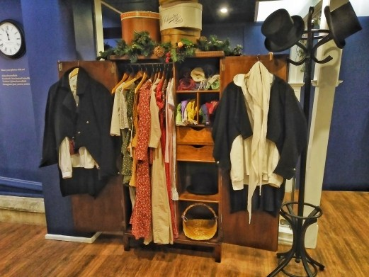 Jane Austen Museum Clothes