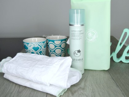 Cleanse & Polish Hot Cloth Cleanser de Liz Earle