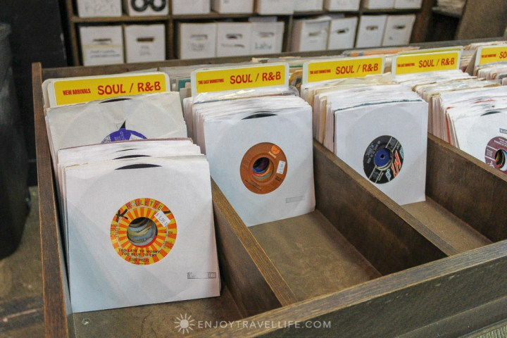 California's Largest Used and New Book and Record Store - 45s