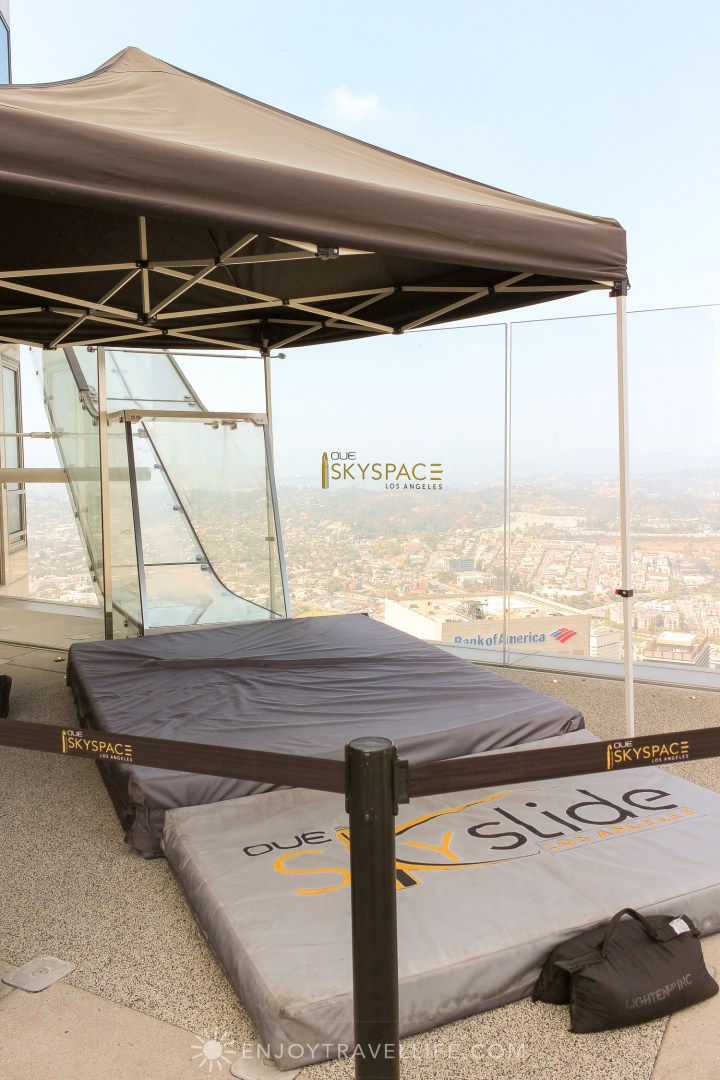 best views of downtown Los Angeles - OUE Skyspace Los Angeles Skyslide