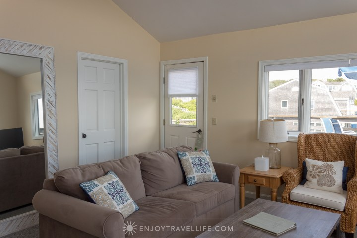 Waterfront Weekend in Chatham - Chatham Tides Inn 2BR Suite