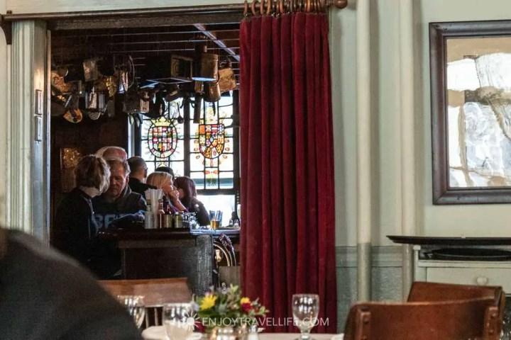 Red Lion Inn Pub