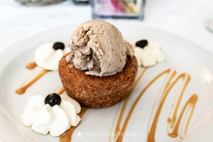 Red Lion Inn Dining Room - Warm Brown Sugar Cake