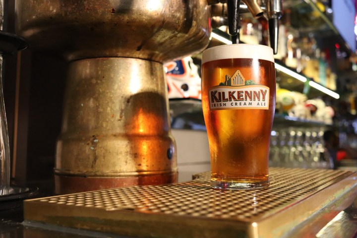 Kilkenny ale poured at a pub in Ireland: Holiday Rentals in Portrush