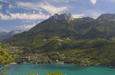 Dents de Lanfon - Lac d'Annecy - d'après une photo de Nicolas Mareau
