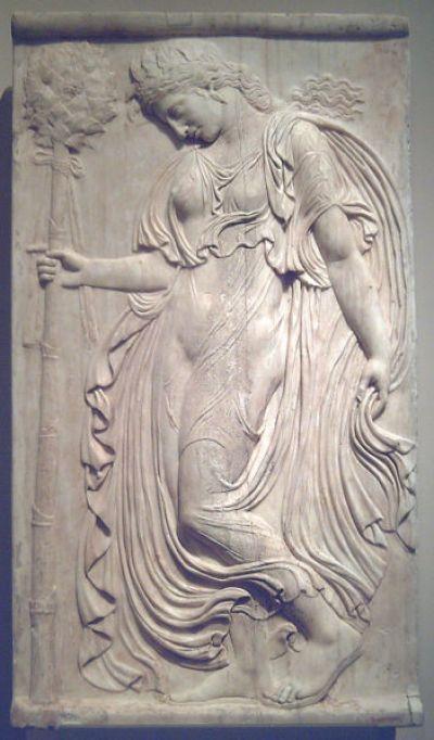 Ménade relieve romano (Museo del Prado) 04