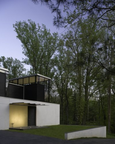 BlackWhite residence in Maryland by David Jameson Architect