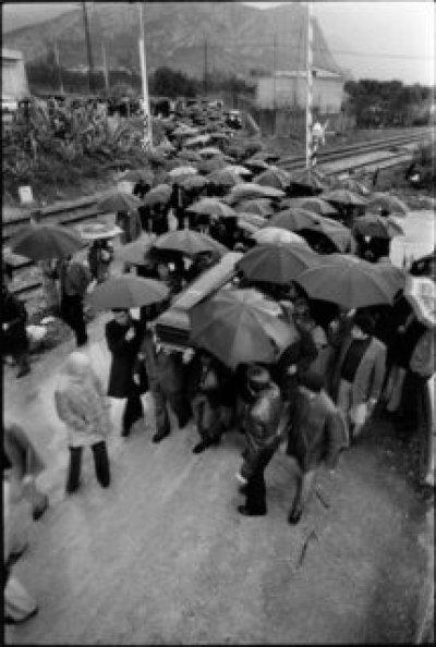 Franco Zecchin - Capaci, 1978 - Funérailles de  Gaetano Longo, le maire démocrate-chrétien tué par la mafia.