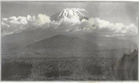 Herbert G. Ponting - le Fuji au coucher du soleil, publié par K. Ogawa en 1905