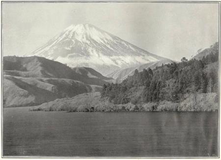 Herbert G. Ponting - le Fuji vu du lac Hakone K. Ogawa en 1905